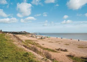 rent seaview-holiday-cottage-pakefield-suffolk